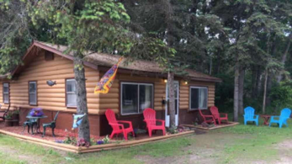 Alpine Motel & Cabins