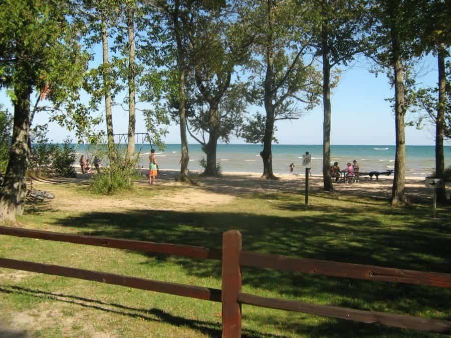 Harrisville_state_park_beach_01