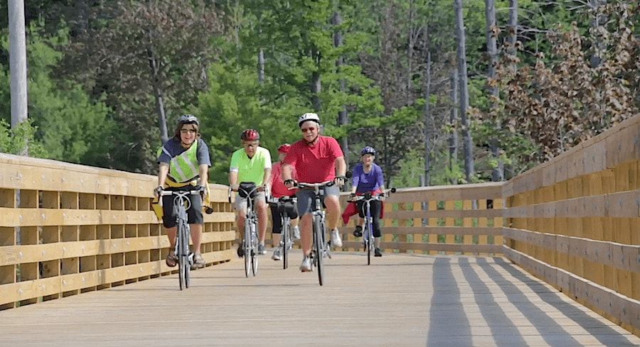 3 Sleeping Bear Dunes Tours for Your Summer Vacation