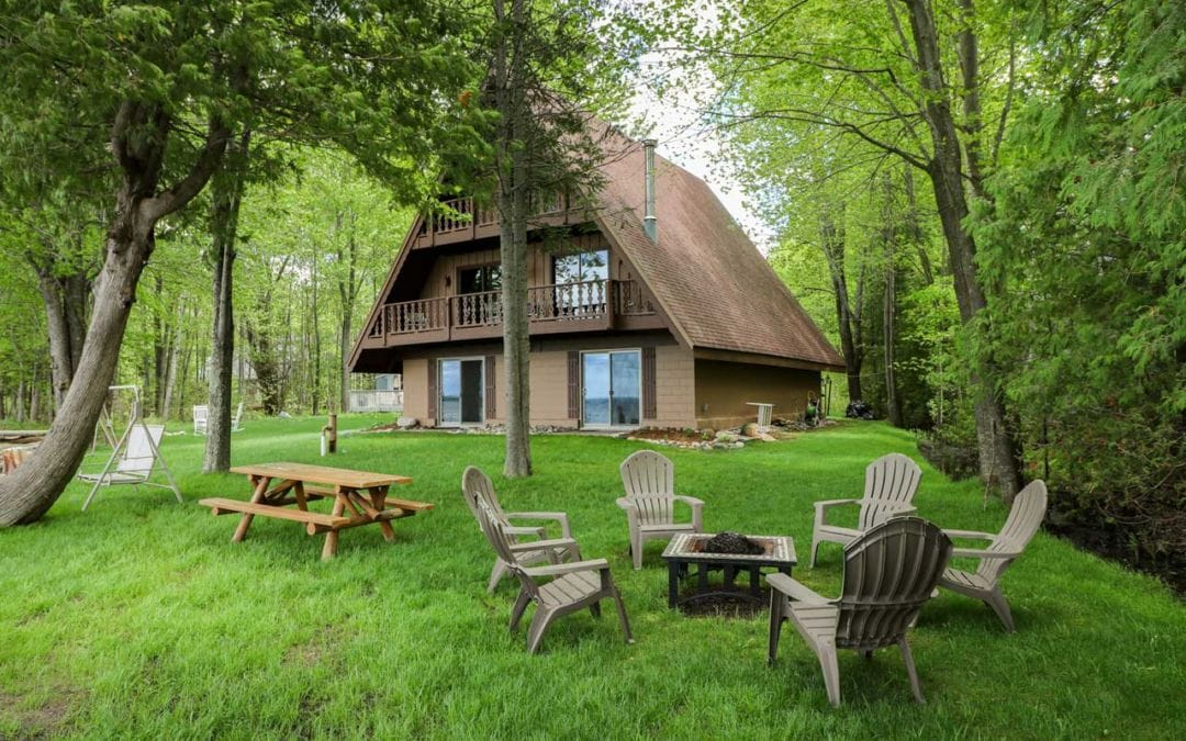 The Ultimate Spring Northern Michigan Vacation Rental Roundup