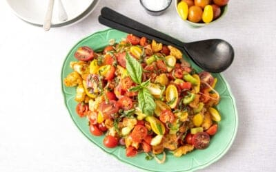 Try This Panzanella Salad at Your Next Summer Potluck