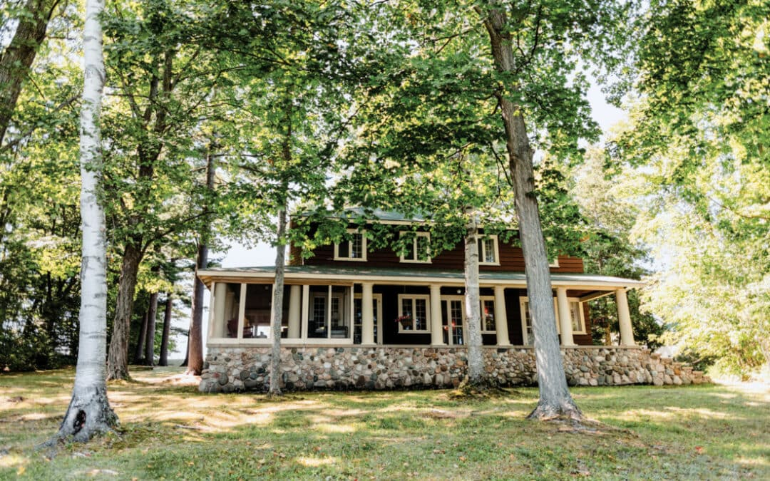Go Back in Time at This 100-Year-Old Elk Lake Cottage