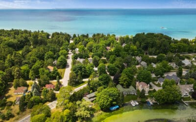 Hot Market Tips for Buying a Northern Michigan Waterfront Home