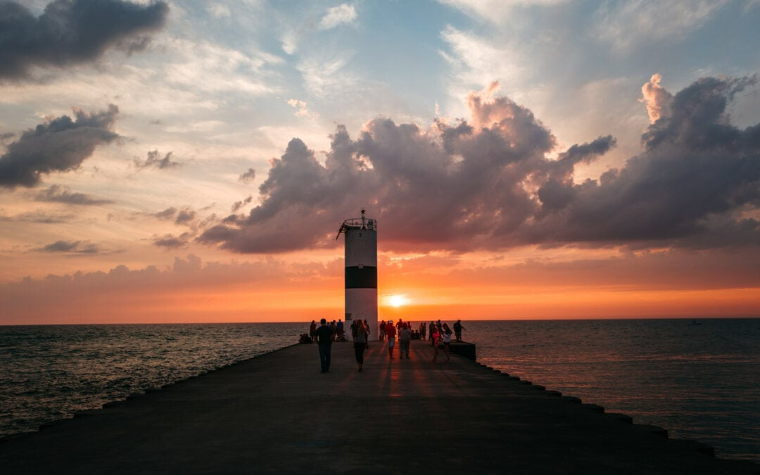 24 Hours in Pentwater: Historic Inns & Lake Michigan Beaches